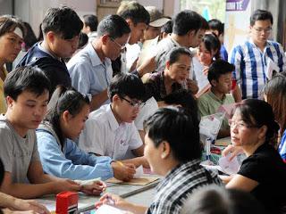 Con cái Việt Kiều nhập học Việt Nam