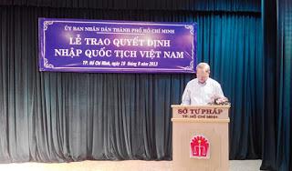 Le nhap quoc tich Viet Nam